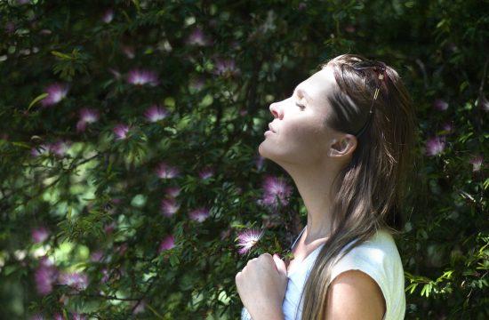 Cum să vă treziti calmul interior în mai puțin de 5 minute